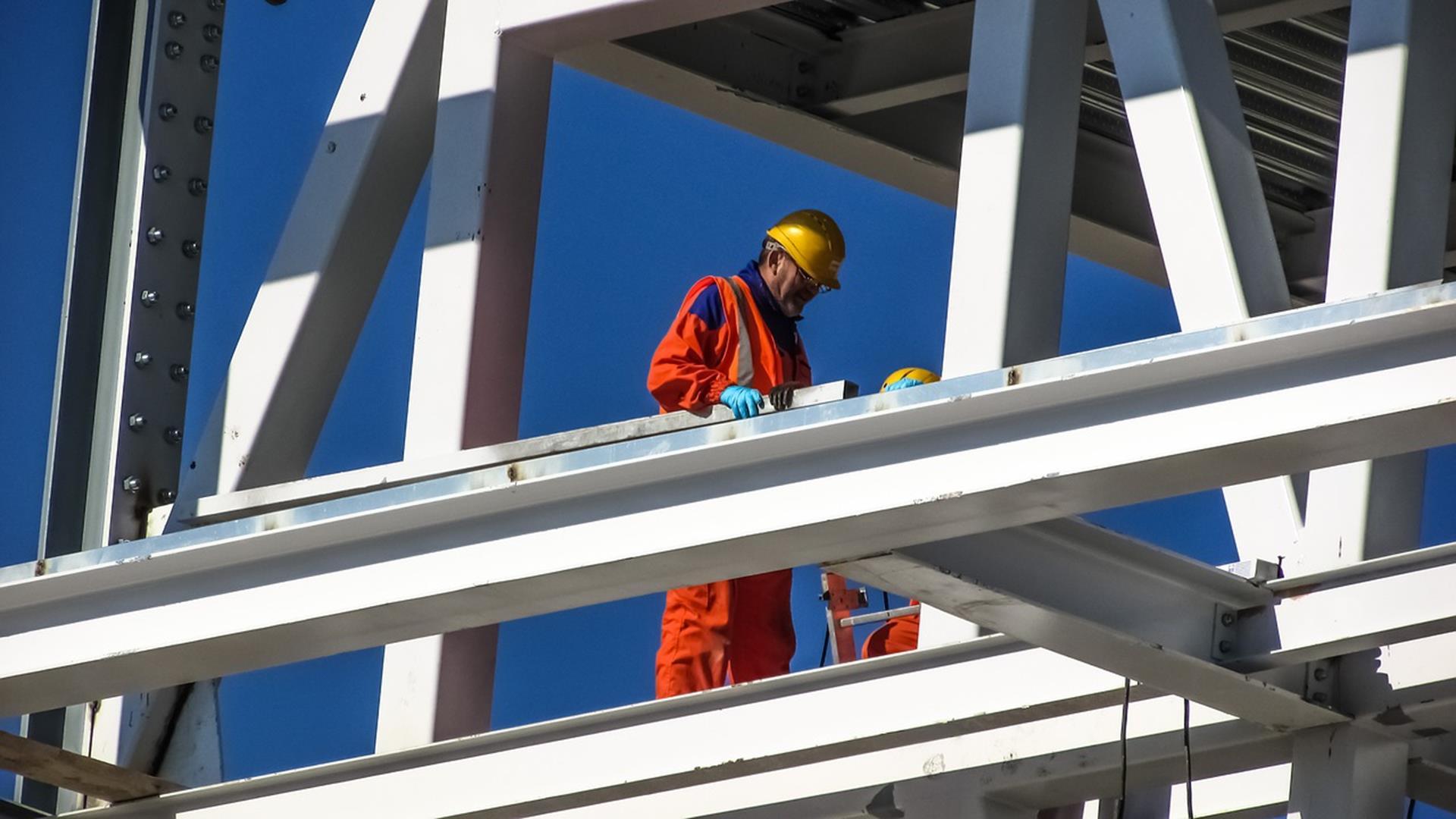 Bezpieczeństwo i higiena pracy a odzież robocza