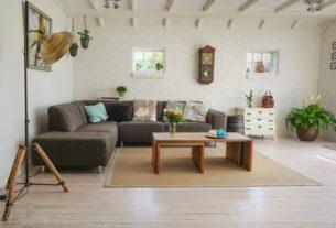 Meble tapicerowane z funkcją spania - rozwiązanie dla małych mieszkań