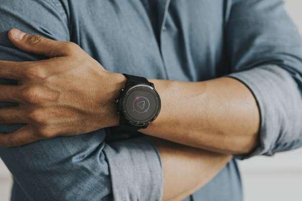 Smartwatche damskie. Jaki smartwatch kupić dla kobiety?