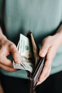 Niespłacone kredyty – czy możesz liczyć na pomoc w spłacie długu?