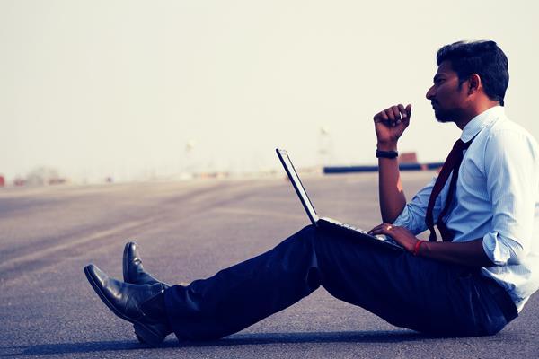 Czy każdy może rozliczyć PIT przez internet? Trzy rzeczy, o których warto wiedzieć