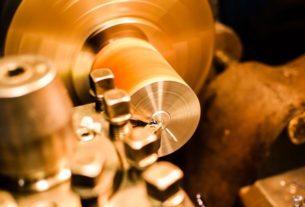 Wytwarzanie produktów ze stali, czyli obróbka metalu